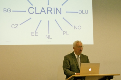 Erhard Hinrichs presenting CLARIN at Digital Humanities 2014